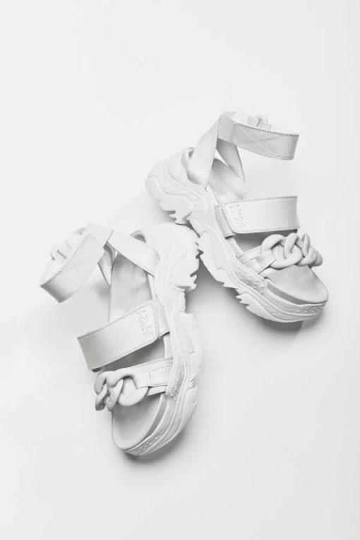 N21 Chunky Chain Detail Sandals white