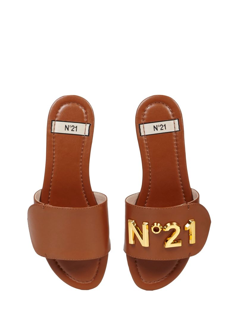 N21 logo detail sandals brown