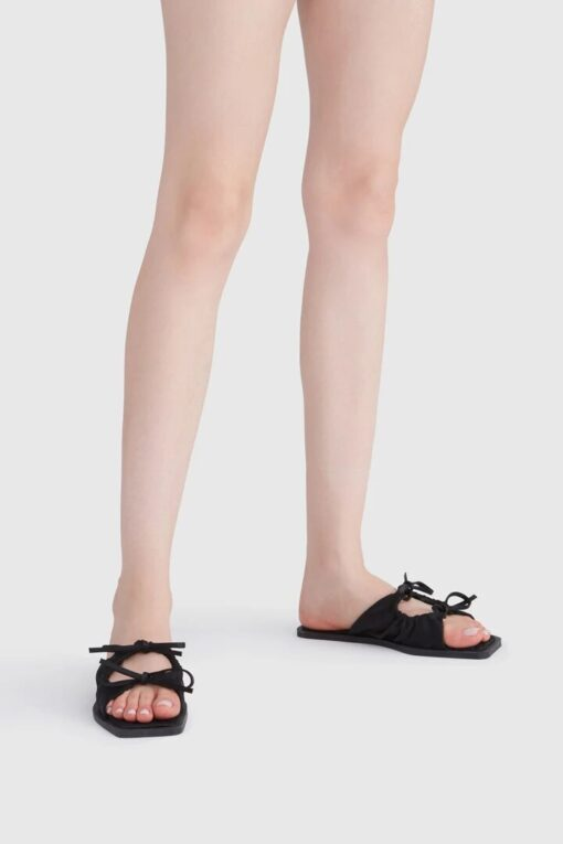 CARLOTHA RAY Adelle Sandals Black