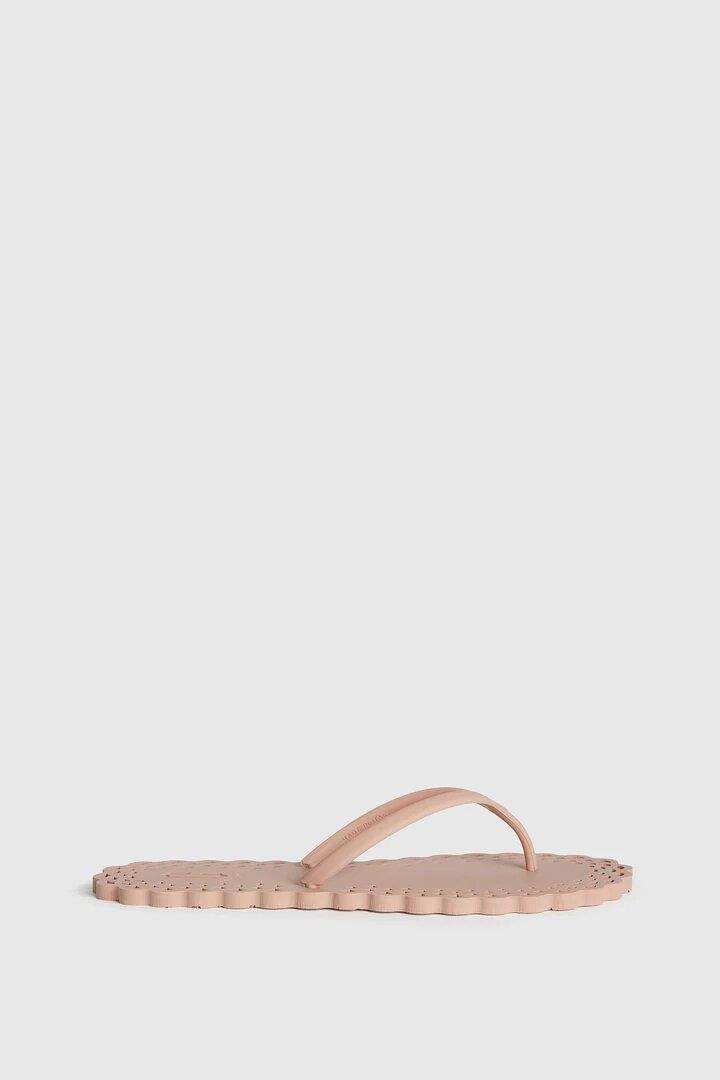 CARLOTHA RAY Doily Flip Flops Pink
